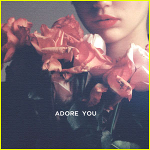 Miley Cyrus: 'Adore You' Artwork is Very Tame, But Very Elegant!