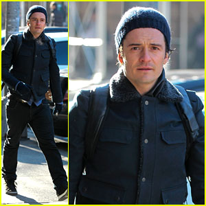 Orlando Bloom Steps Out After Guys Night with Leo DiCaprio!