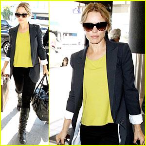 Rachel McAdams: LAX Airport Departure Before Holiday Week!