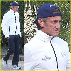 Sean Penn Joins Instagram During Haiti Trip!