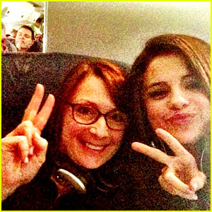 Selena Gomez Makes New Friend on Delayed Flight, Gets UNICEF Donation!