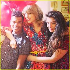 Taylor Swift Celebrates 24th Birthday with Lorde!