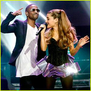 Ariana Grande & Big Sean: New Year's Eve 2014 Performance!