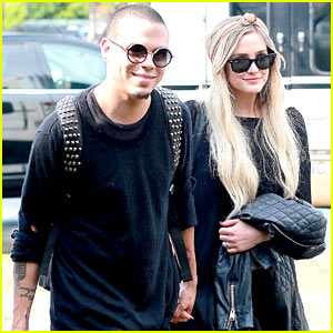 Ashlee Simpson & Evan Ross Leave Hawaii After Engagement!
