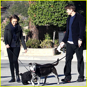 Ashton Kutcher & Mila Kunis: Monday Morning Dog Walkers!