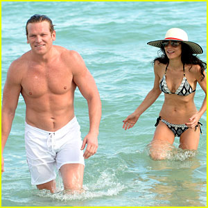 Bethenny Frankel: Miami Beach Date with Michael Cerussi!