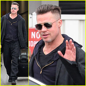 Brad Pitt Touches Down in Sydney After Awards Weekend!
