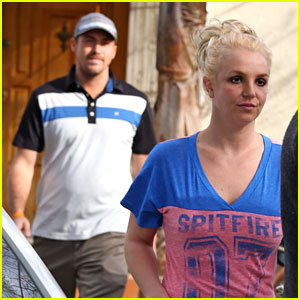 Britney Spears Visits a Yorkie Breeder with David Lucado!