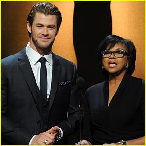 Chris Hemsworth Announces Oscar Nominations 2014