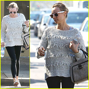 Diane Kruger Starts Week with Frilly Pilates Session!