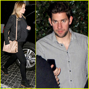 Emily Blunt & Her Baby Bump Dine Out with Dad-to-Be John Krasinski!
