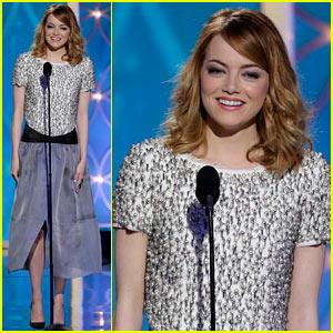 Emma Stone - Golden Globes 2014 Presenter!