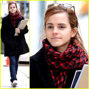 Emma Watson Braves Frigid Cold for NYC Apartment Hunting!