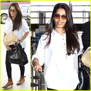 Freida Pinto: First LAX Departure in the New Year!