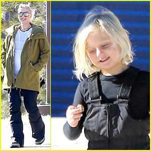 Gwen Stefani Continues Snowy Mammoth Vacation!