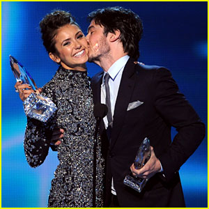 Ian Somerhalder & Nina Dobrev Joke About Their Breakup at People's Choice Awards 2014!