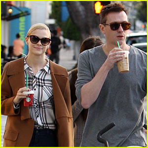 Jaime King Can't Get Enough Tory Burch, Wears Designs Daily!