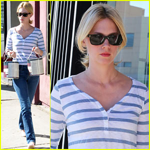 January Jones Steps Out After 'Mad Men' Premiere Date News!