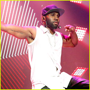 Jason Derulo Performs on 'New Year's Rockin' Eve 2014' (Video)
