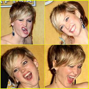 Jennifer Lawrence: Funny Faces in SAG Awards Press Room!