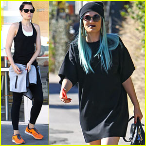 Jessie J Rocks Blue Haired Wig While Spending Time in L.A.