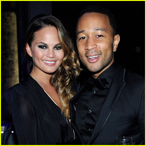 John Legend & Chrissy Teigen: Vegas New Year's Couple!