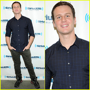 Jonathan Groff: 'I'm So Proud' of Lea Michele!