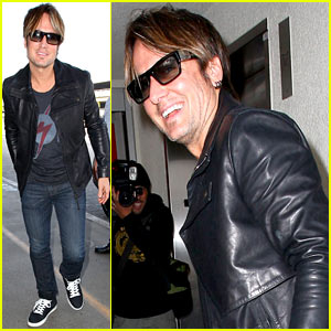 Keith Urban's 'Cop Car' Video Premiere - Watch Now!