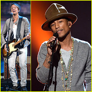 Keith Urban & Pharrell Williams: Beatles Tribute Singers!