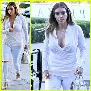 Kim Kardashian Responds to Photoshop Rumors on Twitter!