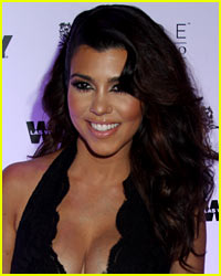 Kourtney Kardashian Shows Off Amazing Bikini Body