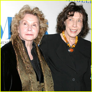 Lily Tomlin Marries Partner of 42 Years Jane Wagner!