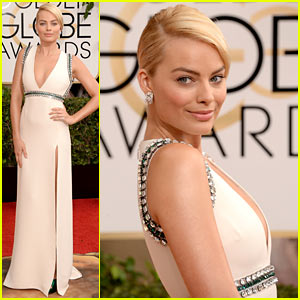 Margot Robbie - Golden Globes 2014 Red Carpet