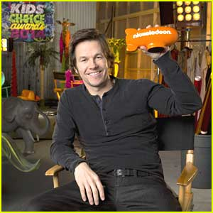 Mark Wahlberg Announced as Host of Kids Choice Awards 2014!