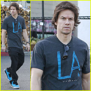 Mark Wahlberg: 'Wahlburgers' Brings in 3.3 Million Viewers!