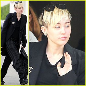 Miley Cyrus Grabs Lunch with Her Family After a Haircut