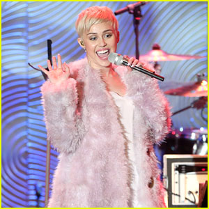 Miley Cyrus Performs at Clive Davis' Grammys Gala (Video)