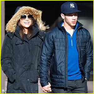 Nick Jonas & Olivia Culpo Hold Hands in Chilly Mammoth!
