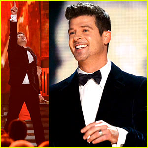 Robin Thicke & Chicago Perform Medley at Grammys 2014 (VIDEO)