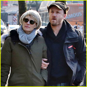 Robin Wright & Fiance Ben Foster Step Out for Daytime Stroll