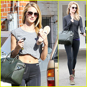 Rosie Huntington-Whiteley Bares Midriff for Mid-Week Workout