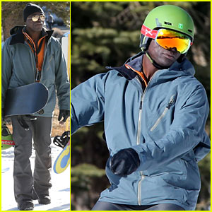 Seal Spends First Day of 2014 on the Slopes with His Sons!