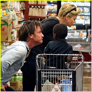 Sean Penn Makes Funny Faces for Charlize Theron's Son!