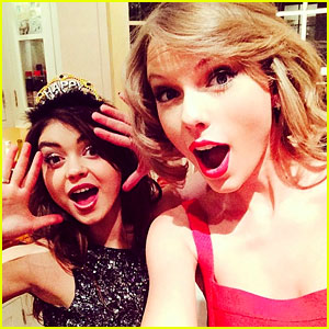 Taylor Swift: New Year's Eve 2014 Party with Sarah Hyland!