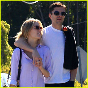 Topher Grace Holds Hands with New Girlfriend Ashley Hinshaw!
