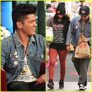 Bruno Mars Talks Super Bowl Performance on 'Ellen'!