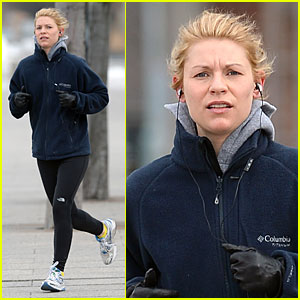 Claire Danes Gets Her Heart Pumping with a Hudson River Jog!