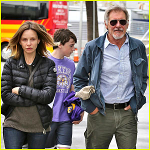 Harrison Ford & Calista Flockhart: Lakers Game with Son Liam!