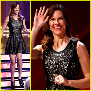 Hilary Swank Waves to the Crowd for German TV Appearance