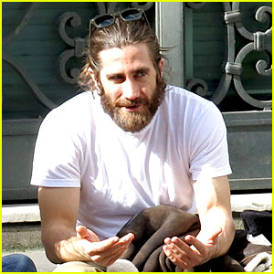 Jake Gyllenhaal Sports Very Bushy Beard in Rome